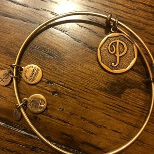 "Alex and Ani - gold ""P"""